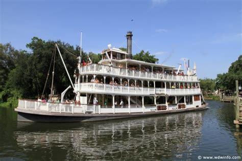 disney world boat liberty square riverboat magic kingdom walt disney world