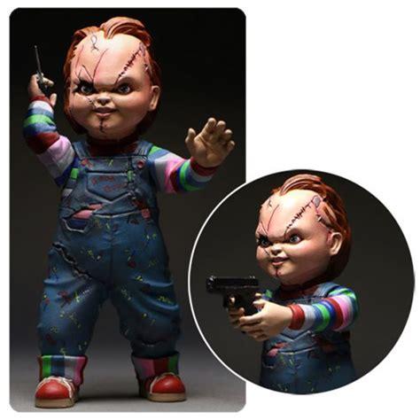 Mezco Child S Play Chucky 5 Inch Figure child s play chucky 5 inch figure mezco toyz
