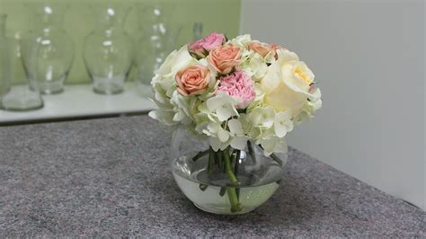 how to make a centerpiece small flower centerpieces flowers ideas for review