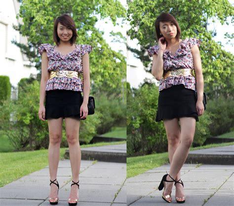 Hm Blouse Abstrak Ig janelle a h m floral shirt bcbg belt bcbg skirt zara strappy heels hashtags everywhere
