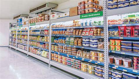 Scaffale Negozio by Scaffalature Per Negozi Scaffali Arredamento Spazi