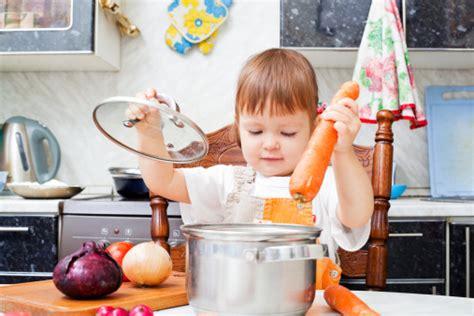 family in kitchen family bonding memories in the kitchen faithgateway