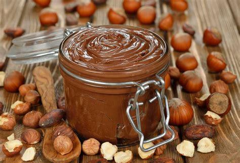 15 Ingredients And Directions Of Chocolate Hazelnut Terrine With Raspberry Sauce Receipt by Chocolate Hazelnut Spread Kiwi Families