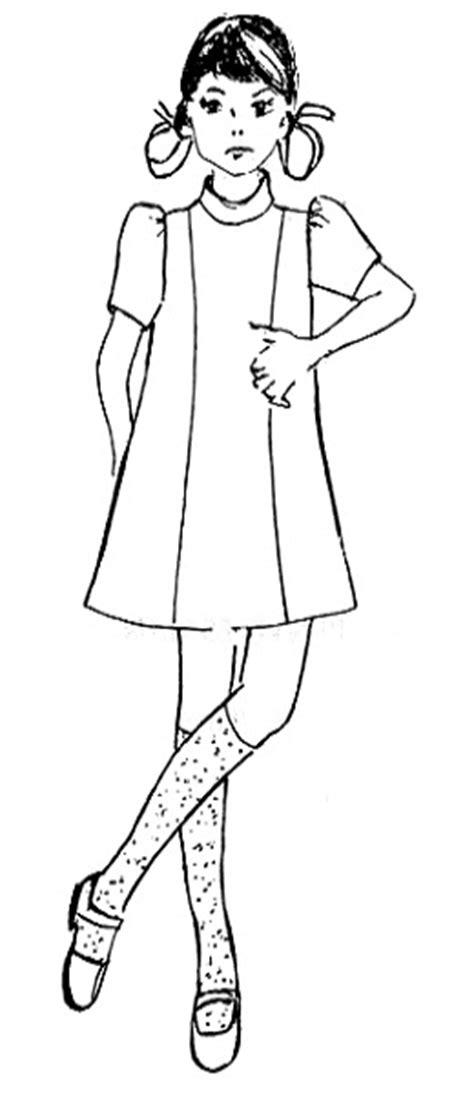 arisanti menggambar pola baju anak sesuai desain