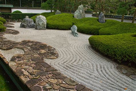 Asian Rock Garden Rock Gardens On Pinterest Japanese Rock Garden Zen And Rocks