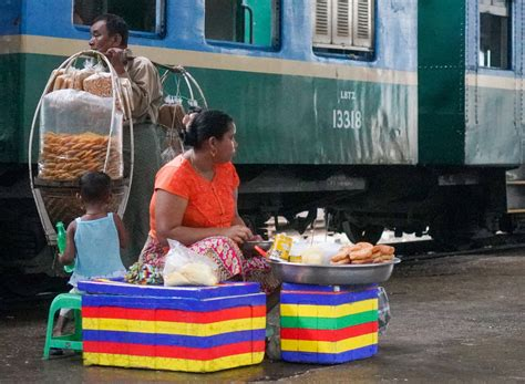 eat drink kl myanmar markets