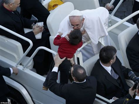 laste ned filmer pope francis a man of his word pope francis i inauguration mass new pope meet robert