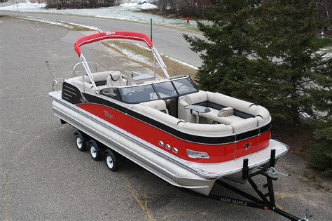pontoon boat with windshield 2785 cascade platinum tritoon high performance w full