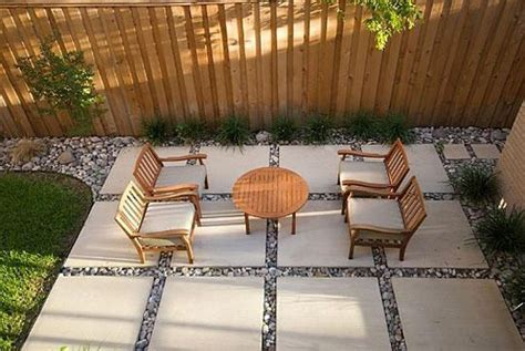 paving ideas for backyards 5 possible patio paving patterns paving ideas backyards and concrete pavers