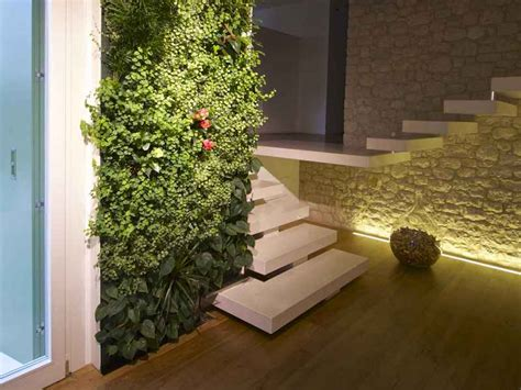 giardini verticali costi giardini verticali come contenerne i costi
