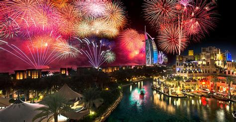 new year plans in dubai fireworks in dubai here s where you can find them this nye