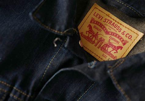 Levis Sues Competitors Pocket Design by Levi Strauss Sues Lvmh S Kenzo Pocket Tab