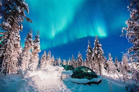 igloo to watch northern lights the kakslauttanen igloo hotel in finland holidayguru ie