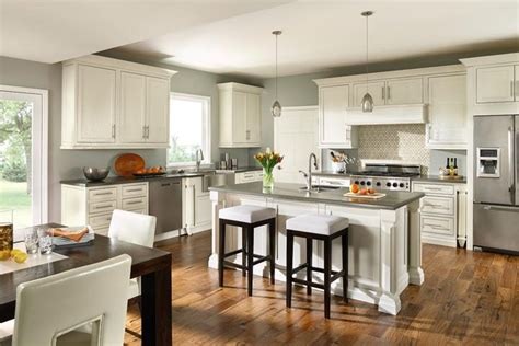 Decora Cabinetry Akron
