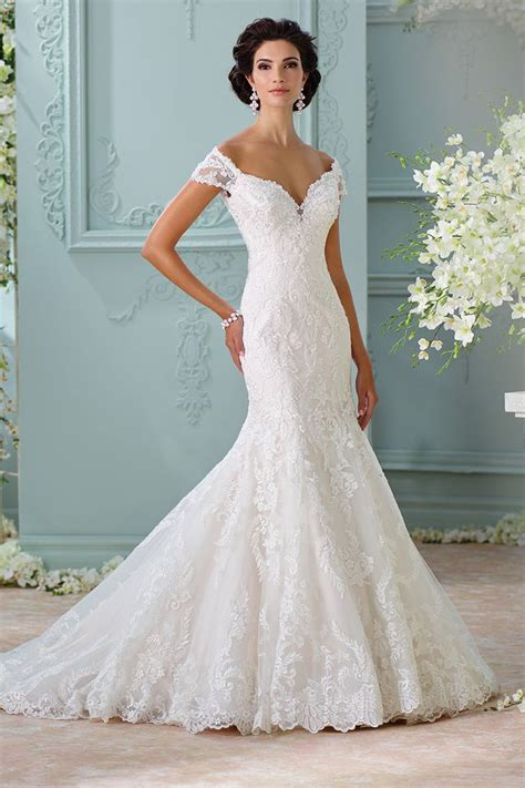 The 25 Most Popular Wedding Gowns of 2015   BridalGuide
