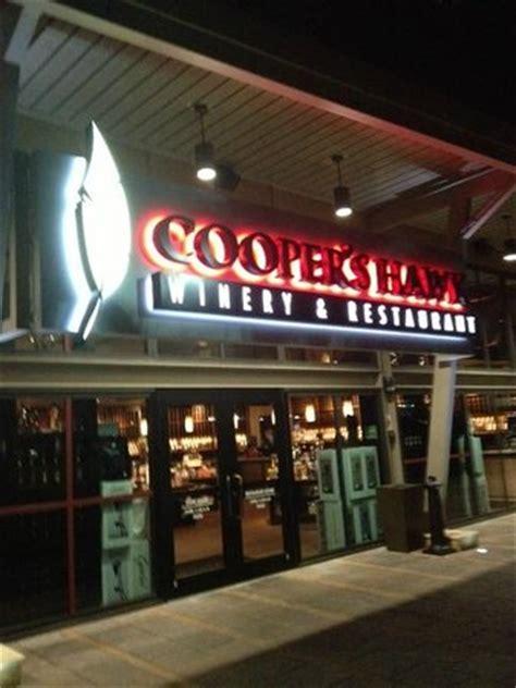 exterior photo de cooper's hawk winery & restaurant