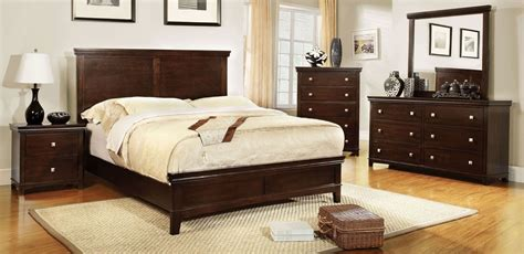 furniture of america arden queen size 5 pc bedroom spruce brown cherry panel bedroom set from furniture of