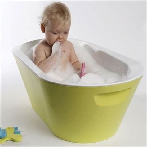 make bathtime and easy with the baro baby bath by hoppop baby time juxtapost