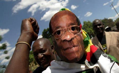 zimbabwe security service on high alert as mugabe prepares