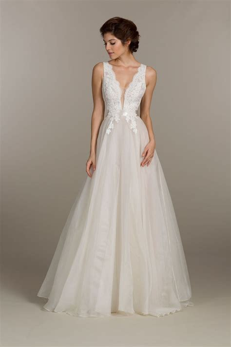 Wedding Dresses Summer by 2016 Summer Wedding Dress Trends Dipped In Lace
