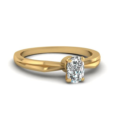 ring cusion tapered round cut diamond solitaire engagement ring in 18k