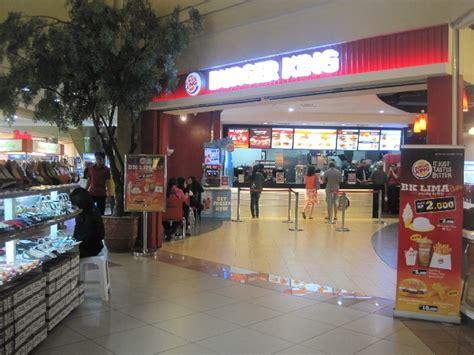 Kaos Burger King lantai 1