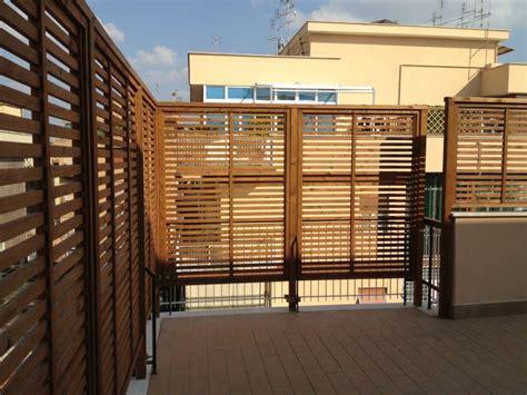 griglie da terrazzo terrazzo con grigliati fioriere da balcone con griglia