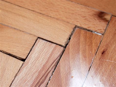 Repair Wood Floor How To Repair Cracks In Wood Floors 8 Steps With Pictures