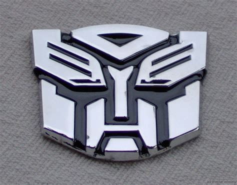 Sticker Transformer Autobot T001 tripleclicks transformers 3d autobots metal stickers car decals blue chrome