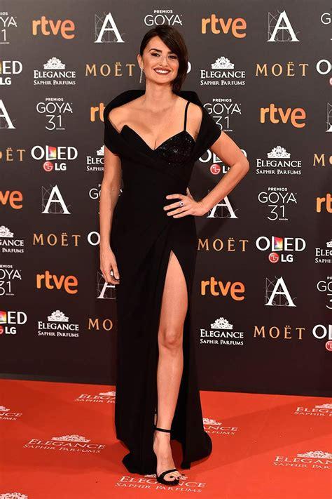 penelope cruz alfombra roja la alfombra roja de los premios goya 2017