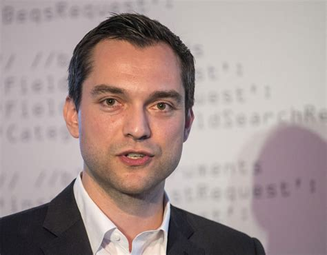 airbnb net worth nathan blecharczyk co founder and chief technology