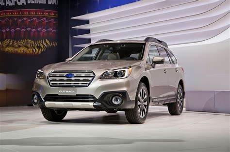 2015 subaru outback modified 2015 subaru outback first look motor trend