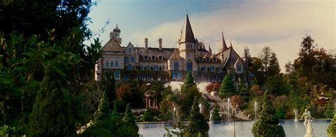 great gatsby house j gatsby s mansion the great gatsby pinterest