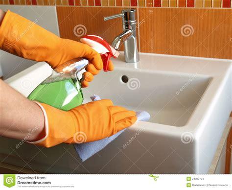 best way to clean bathroom sink bathroom sink cleaner 28 images overmount bath sink