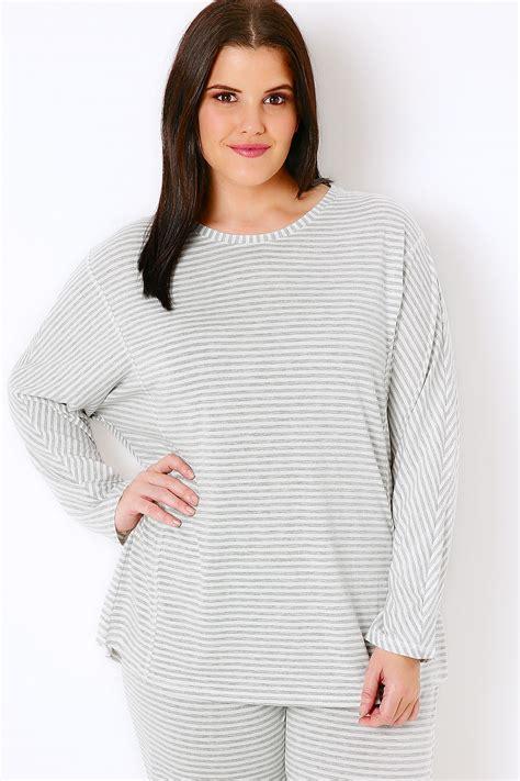 Longsleevetop Whitegrey 15325 grey white stripe sleeve pyjama top plus size 16 to 36