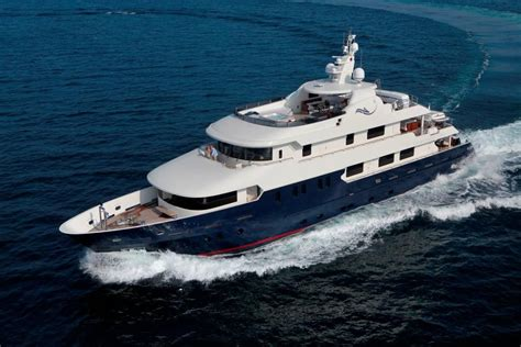 boat dealer loans yachtworld boats and yachts for sale