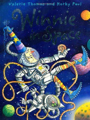 winnie in space winnie 0192732196 children s books reviews winnie in space bfk no 185
