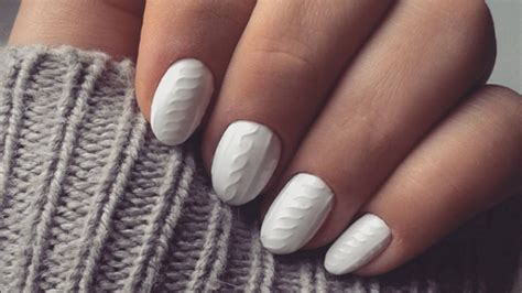 knit pattern nails miniature sweaters on your nails