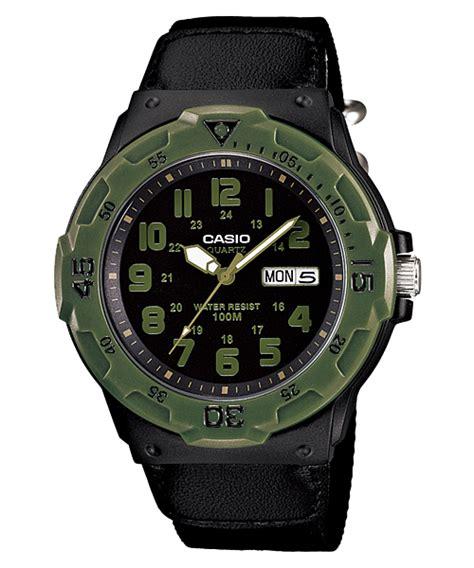 Tali Jam Tangan Casio Mwb 10 jam tangan pria dengan tali kanvas dari casio standart