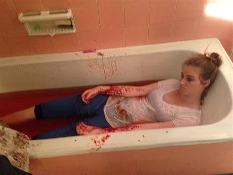 slitting your wrists in the bathtub suicide make it creative