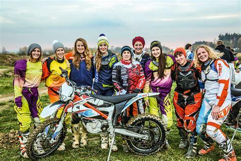 Motorrad News 9 by Motorrad News 9 Offroad Begeisterte Girls Mit Der Ktm