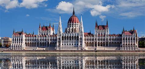 entradas parlamento budapest parlamento de budapest precios horarios y entradas 2018