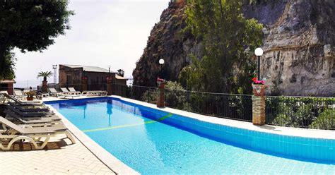 hotel corallo giardini naxos hotel corallo taormina 4 sterne hotel in taormina