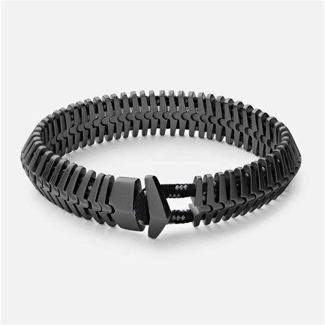 Fashion Bracelet A44773 Black men s bracelets redefine the fashion styleskier