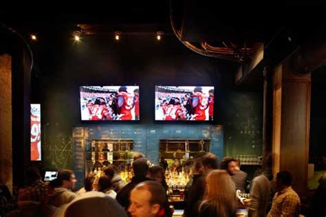 top bars chicago best bars in chicago 5 best game day bars chicago