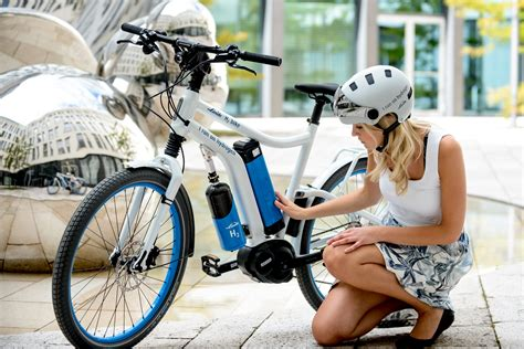 hydrogen fuel cell bicycle  world   linde ag  green optimistic