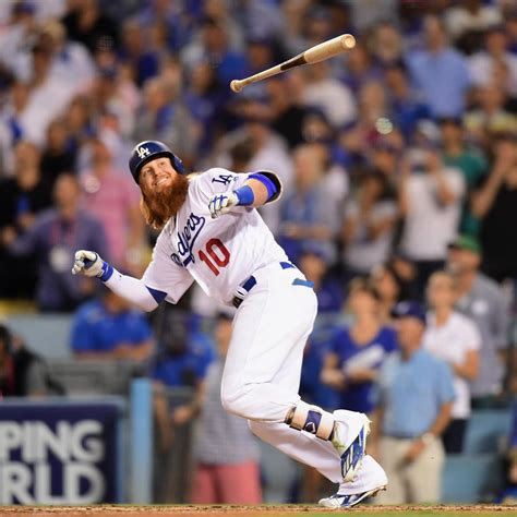 dodgers beat cubs on justin turner s walk home run in