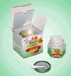 Propolis Reguler 1 propolis with aloe vera beeswax and calendula 40 ml