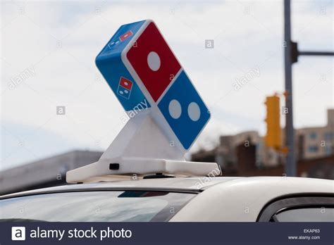 Dominos Pizza Cars by Car Top Signs Pizza Delivery Signs Car Toppers