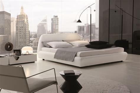 prix lit roche bobois roche bobois lit coffre table de lit